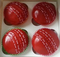 The SI Bakery Cricket Ball Cupcakes. Cricket Birthday Cake, Cricket Theme Cake, 60th Birthday Party, Birthday Cakes, Cupcakes For Men, Themed Cupcakes, Baking Cupcakes, Cupcake Cakes, Beautiful Cupcakes