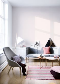 beautifully bright lounge with greys and subtle hint of pale pink to bring warmth. love!
