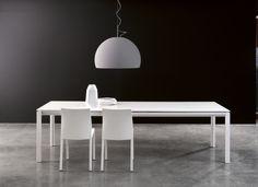 Chat, Bonaldo, design: Dondoli e Pocci, polish agent of Bonaldo: www.alicjabarcicka.pl #table #tavolo #stol #italiandesign #interiordesign #furniture #italianfurniture #bonaldo #chat
