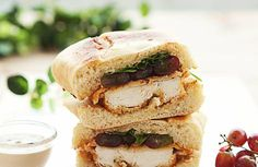 Chicken Sandwich with Arugula, Grapes & Balsamic Cream: How to Gourmet a Sandwich