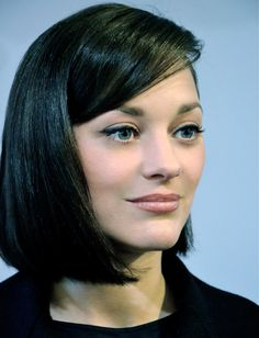Résultats Google Recherche d'images correspondant à http://madame.lefigaro.fr/sites/default/files/imagecache/photo_verticale_serie_photo/2013/03/marion-cotillard.jpg