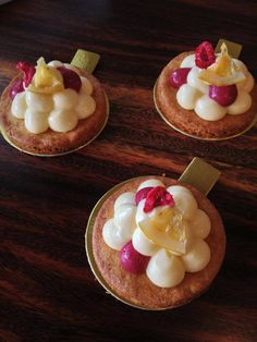 Lemon Raspberry tart @ Amatissimo Cafe