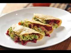 Crema de flor de calabaza con champiñones - Squash blossom soup - Recetas de cocina mexicana - YouTube