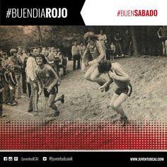 #BuenDiaRojo #BuenSabado! ¡HOY INDEPENDIENTE! Adorno,Bochini y Biondi entrenando en el parque de Necochea. Año 1978.
