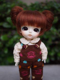 Sophie SQ in new dark brown eyes