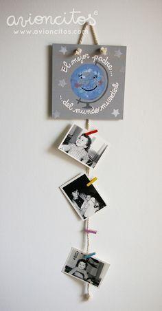Portafotos de madera con pinzas para colgar. Un detalle perfecto para el dia del padre. Cuelga tus fotos preferidas y quedará un regalo único para tu ser querido.