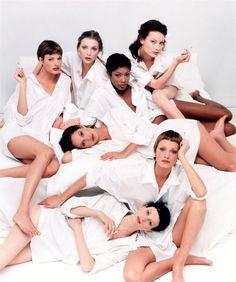 Linda Evangelista, Nadja Auermann, Naomi Campbell, Shalom Harlow, Christy Turlington, Amber Valetta & Kristen McMenamy by Steven Meisel   Vogue Italia, May 1993