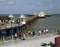 9 Charming Photos Of The British Seaside In The British Beaches, British Seaside, Uk History, British History, Asian History, Tudor History, History Facts, Ancient History, Wales