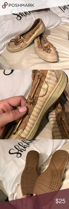 Sperry boat shoes Adorable shoes. Used condition! Sperry Top-Sider Shoes Flats & Loafers