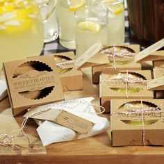 'Sweetie Pies' Mini Pie Packaging Kit (Set of 20) (9242) - cute rustic wedding favor idea