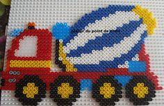 Lastwagenmischer Bügelperlen Hama Beads Patterns, Beading Patterns, Cross Stitch Baby, Cross Stitch Patterns, Perler Bead Designs, Peler Beads, Iron Beads, Melting Beads, Fuse Beads
