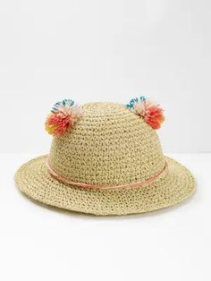 Keep your minis' heads shaded from the sun with our super cute Pom Ears hat. With tactile, mulicoloured pom-poms and string trim at the base, add this fab, soft woven hat to the top of their sunny days checklist. Hello Sign, Ear Hats, Mini S, Kids Bags, Summer Hats, Girls Accessories, Sunny Days, Sale Items, Super Cute