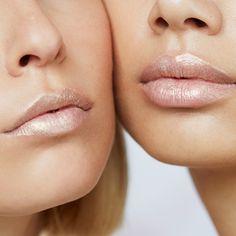 essence online exclusives - mermazin iridescent lipstick 01 (part-time mermaid) 2,79€ #essenceexclusives