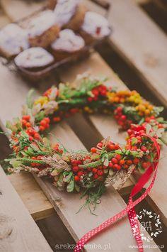 #artemi #pracownia #florystyka #pracowniaflorystyczna #wianek #wianki #wreath #wreaths #flowerdecor #decor #floraldesing #flower #kwiaty #dekoracje #dekoracjekwiatowe #slub #ślub #wedding #weddingday www.artemi.com.pl