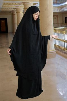 Set Khimar & Rock black... I could rock one of these everyday.