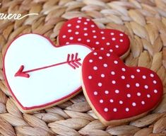 Find best ideas / inspiration for Valentine's day cookies. Get the best Heart shaped Sugar cookies for Valentine's day & royal icing decorating ideas here. Valentine's Day Sugar Cookies, Fancy Cookies, Heart Cookies, Iced Cookies, Cute Cookies, Valentines Day Cookies, Valentine Desserts, Valentines Day For Boyfriend, Friends Valentines Day
