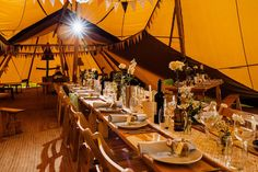 Tipi Wedding Table Layout - Derbyshire Sami Tipi Wedding - Captured by Humpston & Bull