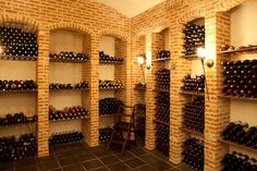 Winehouse, Winehouse, winecellar Wine Cellar Basement, Wine Rooms, Home Wine Cellars, Wine Cellar Design, Wine Storage, Woodworking Shop, Wine Rack, Castle, Riddling Rack