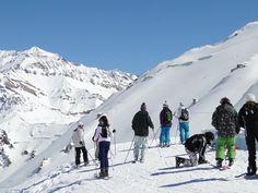 ¡La #NieveArgentina te espera! #Mendoza #Penitentes #Cuyo #ArgentinaEsTuMundo #Nieve #Snow #Esqui | Más Info en www.facebook.com/viajaportupais Mendoza, Mount Everest, Mountains, Facebook, Nature, Travel, Snow, Argentina, Naturaleza