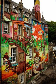 THE GRAFFITI PROJECT, KELBURN CASTLE, COLLABORATION  OSGEMEOS, NUNCA AND NINA PANDOLFO | OSGEMEOS Official Website - projects and news