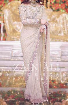 Indian Bridal Outfits, Pakistani Wedding Dresses, Indian Fashion Dresses, Designer Sarees Wedding, Designer Party Wear Dresses, Beautiful Pakistani Dresses, Elegant Saree, Saris, Saree Designs Party Wear