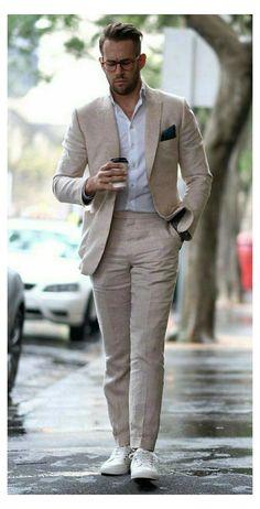 Linen Suits For Men, Mens Linen Outfits, Tan Suit Men, Suit For Men, Mens Linen Jackets, Smart Casual Men, Mens Casual Suits, Casual Grooms, Slim Fit Suits