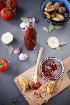 Je vous propose aujourd'hui de réaliser votre propre ketchup. C'est une très bonne recette pour utiliser les tomates du jardin, par exemple. Mon ketchup es