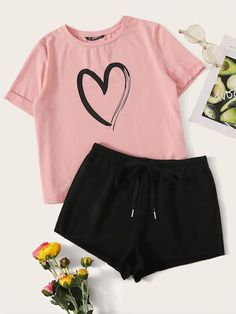 outfits with shorts Heart Print Cuffed Top & Drawstring Waist Shorts Set Girls Fashion Clothes, Teen Fashion Outfits, Outfits For Teens, Cute Pajama Sets, Cute Pajamas, Cute Lazy Outfits, Sporty Outfits, Cute Sleepwear, Pajama Outfits