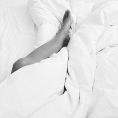 In bed #belowtheknee #allsaints