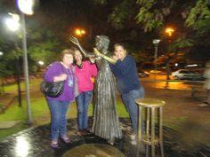 Em Porto Alegre-RS no Gasômetro Com amigas Francisca e Camilla
