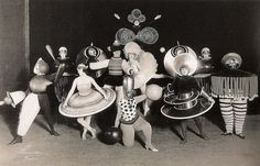 Triadic Ballet, 1920s