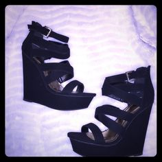 Black Strap Wedges Black strap wedges very comfortable size 10. never been worn outside. No brand Shoes
