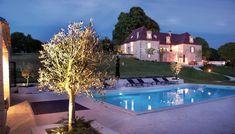 In Dordogne ligt Le Cariol, een landhuis van Ned kunstenaar Marthijn en zijn Irene, met B&B, 2 familie appartementen en vakantiehuis voor 6 personen.