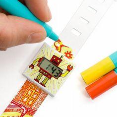 http://silicmedia.cz/reklamni-papirove-hodinky/ Reklamní papírové hodinky můžete nechat potisknout vlastním designem, či si je každý může ozdobit podle svého gusta. Na hodinky je možné psát propiskou, malovat či zdobit třpytkami. Reklamní hodinky se skládají z nastavitelného papírového pásku a kvalitního digitálního strojku. Skvělý dárek pro děti i dospělé!