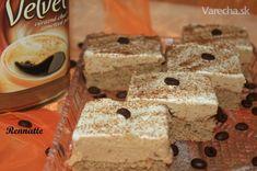Velvet znamená zamatový a presne taký je aj tento rez. Krispie Treats, Rice Krispies, Cheesecake, Sweet, Desserts, Food, Velvet, Basket, Candy