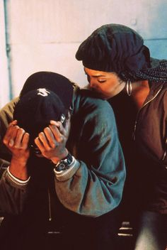 Janet Jackson and Tupac (Poetic Justice) Black Couples Goals, Couple Goals, Cute Couples, Nimo Rapper, Estilo Chola, Looks Hip Hop, Tupac Pictures, Nature Vs Nurture, Fille Gangsta