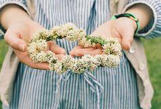 花かんむりを作ったことがありますか? 作り方を覚えていますか?