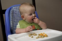 Four important points to remember when introducing solid foods to your baby.