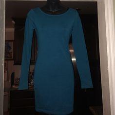 Gift w/ purchase Teal Crisscross bodycon dress Long sleeve crisscross open back Forever 21 Dresses Mini