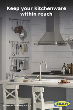 Kitchen storage is important. At IKEA, you can customize your kitchen walls with storage that's as functional as it is aesthetically pleasing. Condo Kitchen, Kitchen And Bath, Kitchen Rack, Home Kitchens, Interior Decorating, Kitchen Storage Rack, Ikea Kitchen, Wall Storage, Kitchen Storage