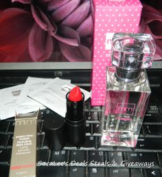 Swag for Your Sweetie Valentine's Day Giveaway Hop: Mía Mariú's New Fragrance Collection Giveaway 2/7 Daily US