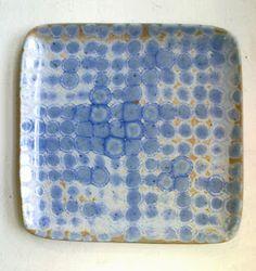 spots en bleu, plat carré.... céramique belle