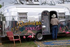 Miranda Lambert's Airstream trailer...very kitschy