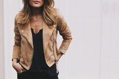 This camel colored Moto Jacket is what all of my fall dreams are made of! The color is gorgeous and goes with so many different outfits. Pair is with a beautiful long bohemian dress, or change things up and pair …