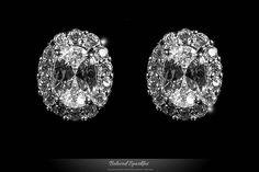 Kira Oval Halo Stud Earrings | 1.5 Carat | Cubic Zirconia