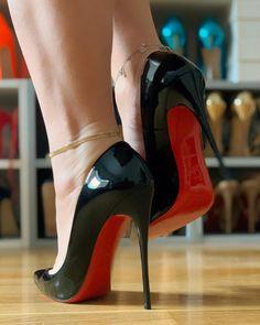 Cute High Heels, Beautiful High Heels, Sexy Legs And Heels, Hot Heels, Black Stiletto Heels, Christian Louboutin Heels, Louboutin Shoes, Fashion Heels, Womens High Heels