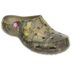 Crocs Freesail Realtree Women's Multi Slip On ($35) ❤ liked on Polyvore featuring shoes, multi, slip on mules, clog shoes, slip on clogs, slip-on shoes and mule shoes