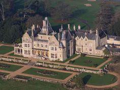 Orchardleigh House, Somerset #guidesforbrides #castleweddingvenue #fairytaleweddingvenue