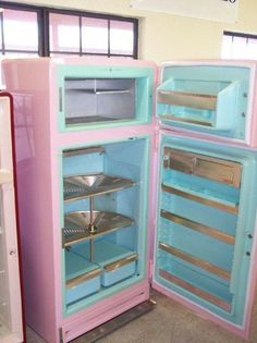 Pink and blue?? With the revolving shelves?? Must have!!!
