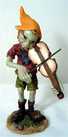 A goblin's name: Violinist pixies  Size: 15 cm